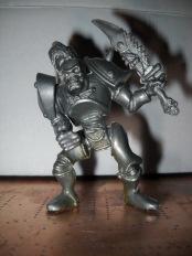 Скелет с мечом