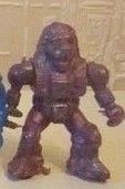 Робот-лев с рукой, сжатой в кулак