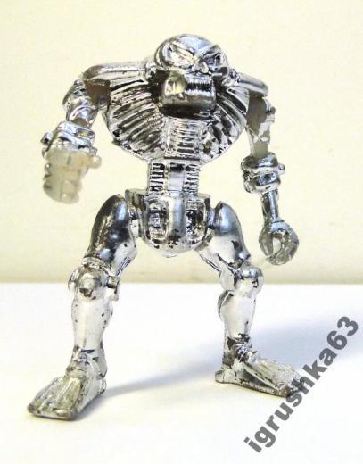 Серебристый скелет. Фото: igrushka63